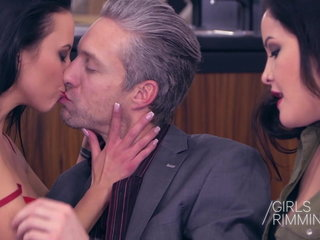 GIRLSRIMMING - MY VALENTINES RIMJOB THREESOME Dolly Doire an