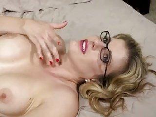 Mom need anal