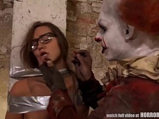 HORRORPORN - Drenching is a Clown
