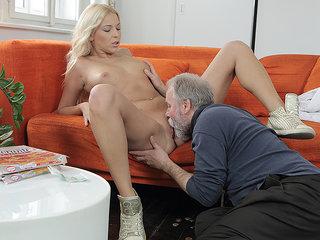 Hard-working old man satisfies a blondie.