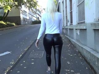 Lara CumKitten -  SPERMAWALK AND LEGGINGSWALK