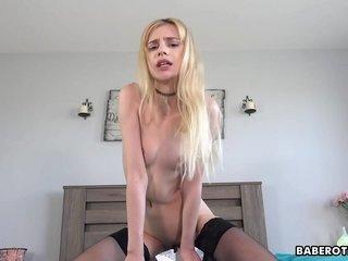 AMAZING! Large Booty Spanish Schoolgirl   Creampie